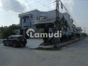 1 Kanal Triple Storey Commercial Building Available For Commercial Purpose Main Double Roads Corner