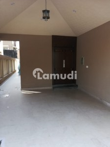 Bahria Town Defence Villa 4 Bed Room Brand New For Rent