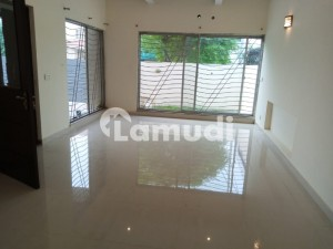 10 Marla Renovated Bungalow For Sale Phase 6