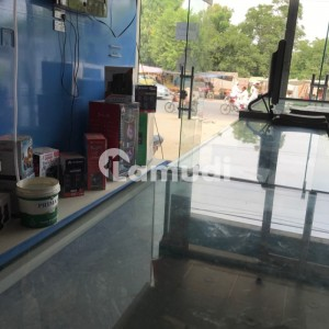 Shop Of 6750  Square Feet In Chobara Road Is Available