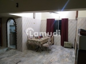 Flat Is Available For Sale At Jamshed Road Near Car Alaince