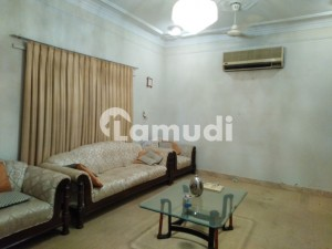 500 Square Yards House Ideally Situated In DHA Defence