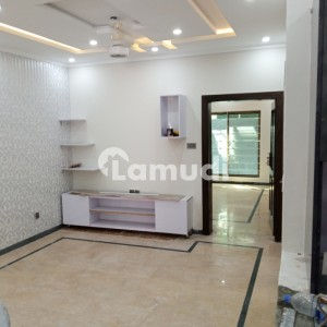 Bahria Town Phase 2 10 Marla House For Rent