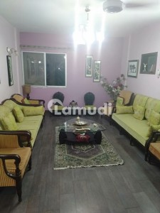 2600 Square Feet Flat In Clifton For Sale At Good Location