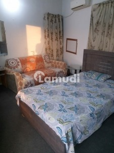 ROOM FURNISH INDEPENDENT AVAILABLE N DEFENCE PHASE 2 NEAR SUNSET CLUB  DEFENCE PHASE 2 NEAR SUNSET CLUB