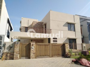 Stunning Architect Built 500 Sq Yards House Available For Rent