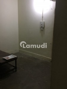 Square Feet Room Up For Rent In G-6
