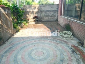 Chohan Offer 1 Kanal House Available For Rent In Cant