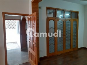 1800  Square Feet House In G-11 Is Best Option