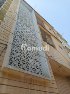 House Is Available For Sale In Latifabad Unit 8
