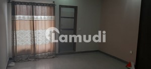 e11 2 bed apartment for rent