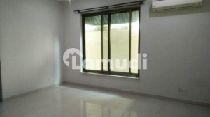 F6 488 Sq Yd House Having 6 Bedrooms Is Available For Rent