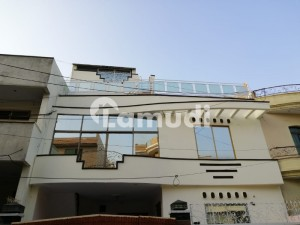 8 Marla Triple Storey Solid And Beautiful House With 7 Beds For Sale Near Allah Ho Chowk And Jinnah Hospital