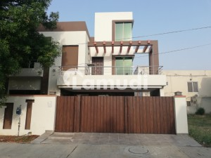 10 Marla House For Rent In Gulbahar Block Sector C Bahria Town