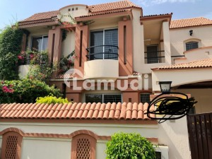 10 Marla House For Sale 4 Bedrooms With Attach Washrooms At Paragon City Lahore Very Prime Location