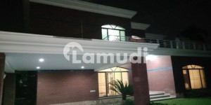 9000  Square Feet House For Rent In Cantt