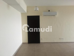 Emaar Coral 3 Bed Sea Facing Apartment For Rent