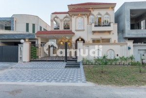State Of The Art Tasteful 10 Marla House For Sale In The Heart Of Dha Lahore