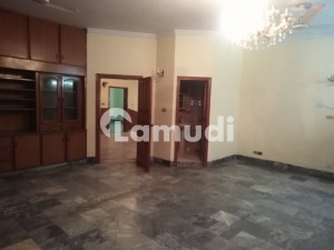 Street Corner Upper Portion Available For Rent In I8 Islamabad