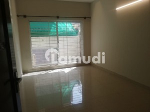 Lower Portion Of 1800  Square Feet In G-11 For Rent