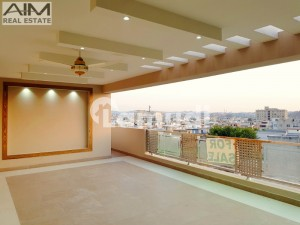 High Quality 1 Kanal House With An Eye Catching Front View