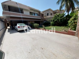 Bungalow For Sale 1 Plus 3 Bad Dd Full Renovated 530 Sq Yd Car Parking