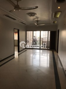 3 Bed DD Fully Renovated Flat On Rent