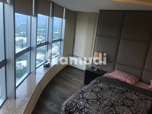 Beautiful Luxury Fully Furnished Corner 2 Bedrooms Apartment