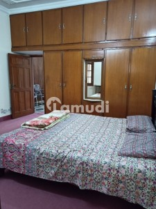 G11 Real Pics Fully Furnished Ground Portion Marble Flooring Wide Street Water Boring