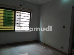 4 Marla Flat In G-6 For Sale