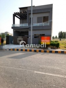 1575  Square Feet House Is Available In Citi Housing Scheme