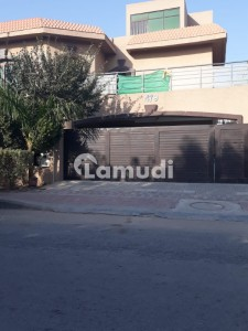 Upper Portion  For Rent Available 1 Kanal