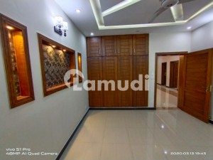 2250  Square Feet House In Media Town