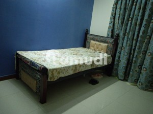 Fully Furnished Room For Rent In House Only For Girls