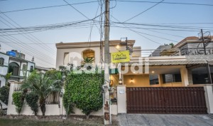 2250  Square Feet House Ideally Situated In Bedian Road