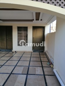 A Beautiful And Levish Upper Portion For Rent In Usman Block