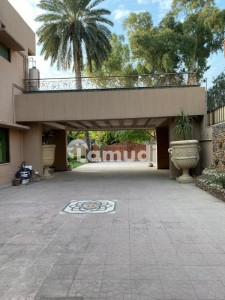 5 Bedroom House For Rent In F-7