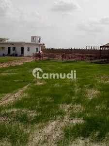 88000  Square Feet Agricultural Land At Super Highway For Sale