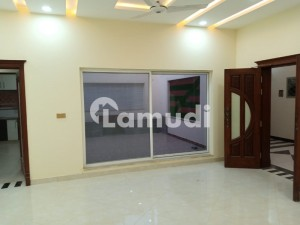 One Kanal Lower Locked Upper Portion Available For Rent In Valencia Town Lahore