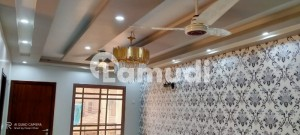 House For Sale In Beautiful Jamshed Town
