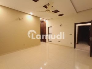 1 Kanal Upper Portion Brand New In Dha Lahore With Dining Room