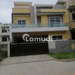 30x60 Brand New Solid Constructed House For Sale In G13