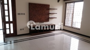 Safari Villa 1 Fully Furnished Flat Available For Rent In Bahria Town Phase 1