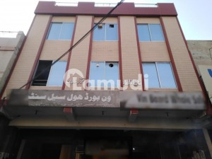In Ichhra Building Sized 7 Marla For Rent