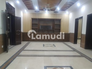 2700  Square Feet Upper Portion In Central Bani Gala For Rent