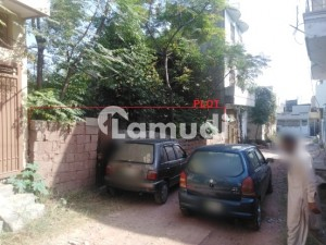 In H-13 Residential Plot For Sale Sized 1350  Square Feet