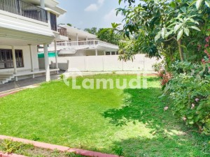 4 Kanal Demolish Able House Is Available For Sale In F-6 Islamabad