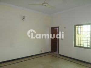 In Ghauri Town House For Rent Sized 5 Marla