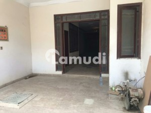 300 Sq Yards Ground Floor Portion For Sale