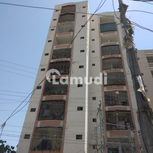 Flat Sized 1000  Square Feet Is Available For Sale In Masoom Shah Minar Road